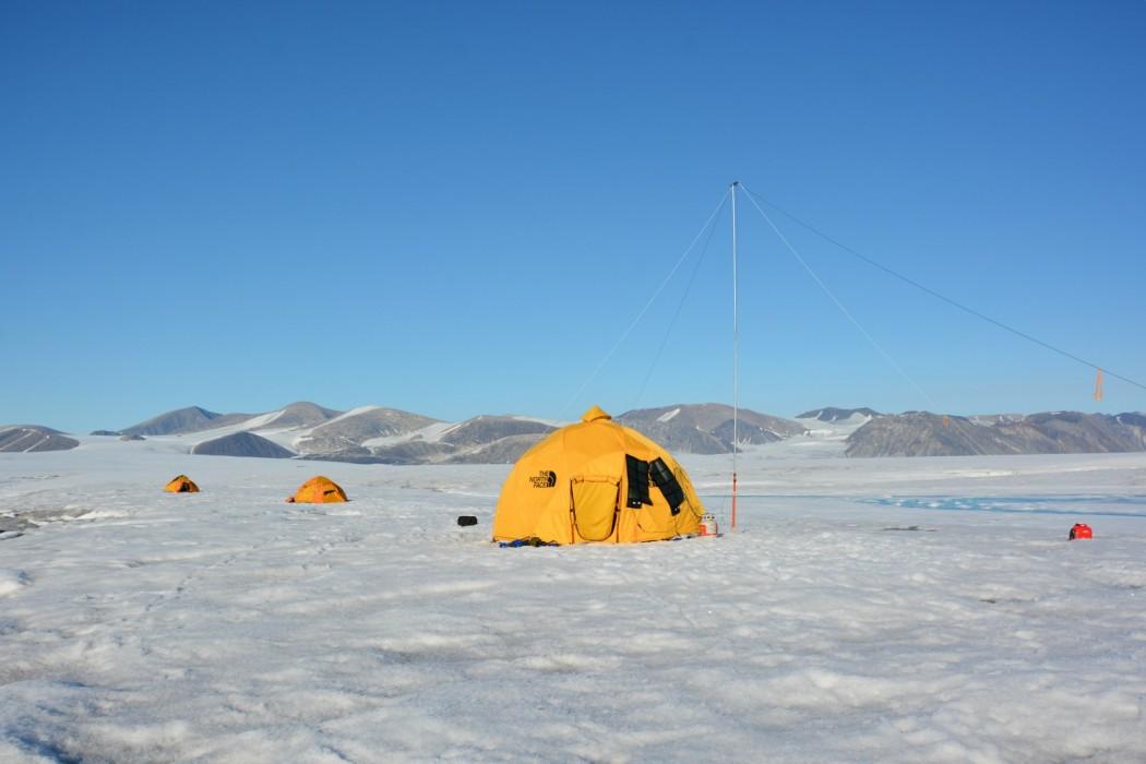 Nunavut camping